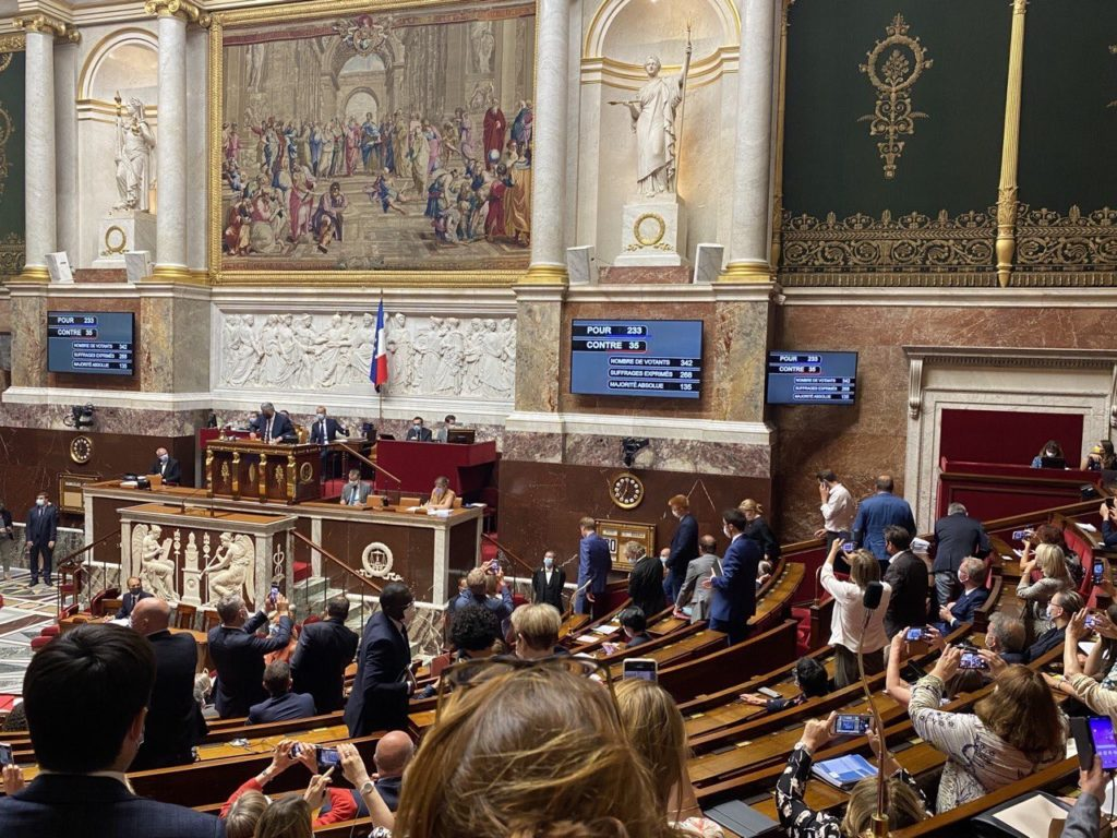 Parlementaires de l'Isère, nous nous réjouissons de l'adoption définitive du projet de loi climat et résilience à l'Assemblée nationale.